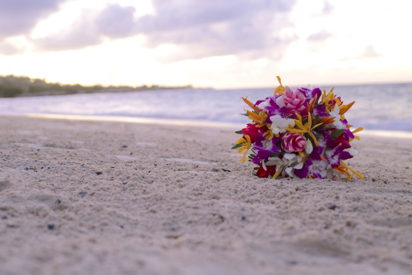 Jamaica Wedding Photography Flowers on the beach