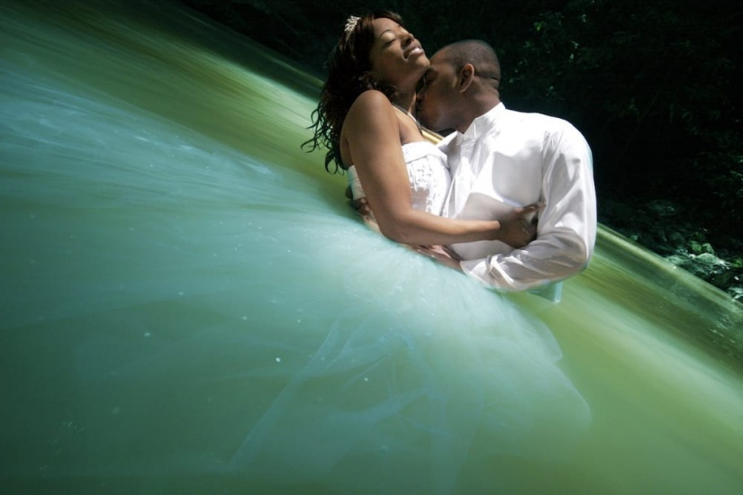Photography in Jamaica Trashing the wedding dress