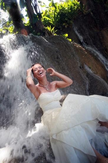 Wedding Photography in Jamaica Trash the dress 3