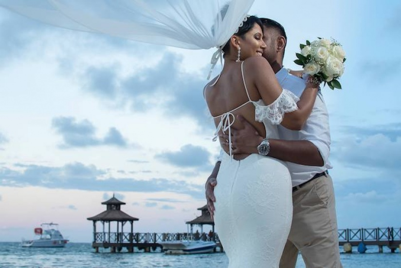 Bride and Groom - Wedding photography in Jamaica