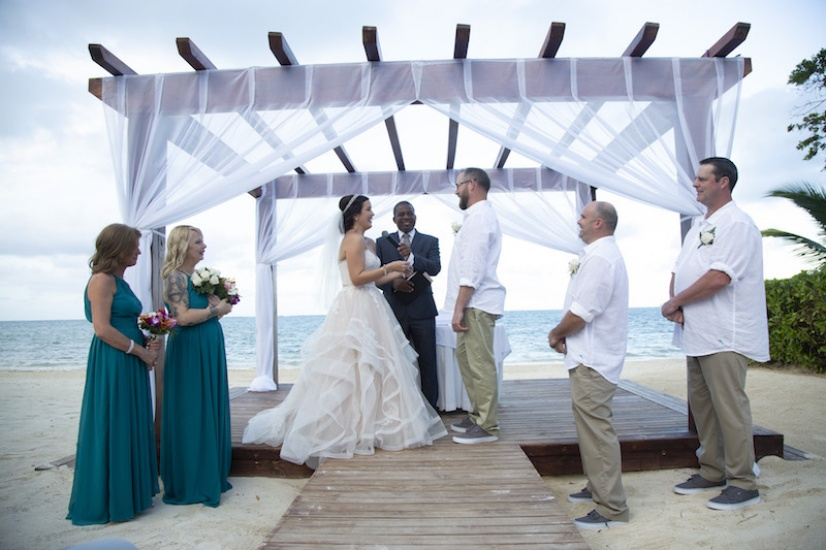 Beach ceremony - Wedding Photographers in Jamaica